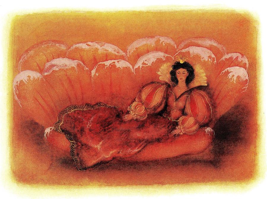 Королева Сладкоежка Вторая полулежала на кушетке из яблочной пастилы и тянула прямо из банки сгущённое молоко